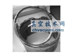 失效后的水下井口头环形橡胶密封装置